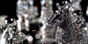 royal diamond chess pieces