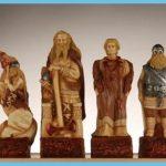 Celts versus Vikings chess pieces