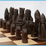 Isle of Lewis polystone chess set