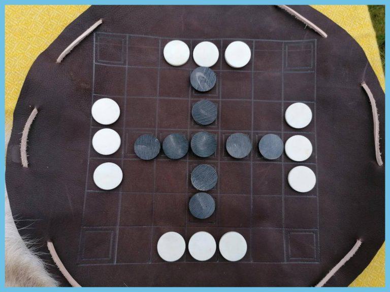 Hnefatafl Chess Set - Bone & leather